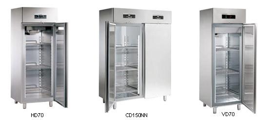 SAGI Холодильный комбинированный морозильный шкаф
